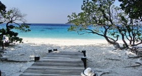 similan-beach-no-4-with-hat